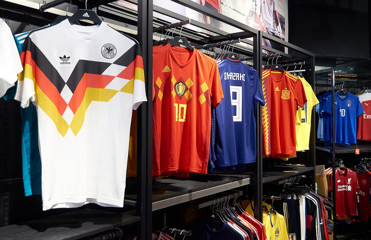1d210c2ac Where To  Get Your Patriotic Gear for World Cup (Without Taobao ...