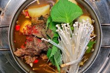 UnTour Now Has a Koreatown Tour, and It's a Lot of Food